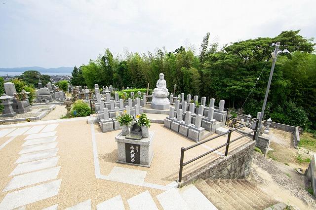 継承者不在で多様化するお墓(永代供養墓)事情